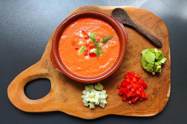 raw vegan gazpacho